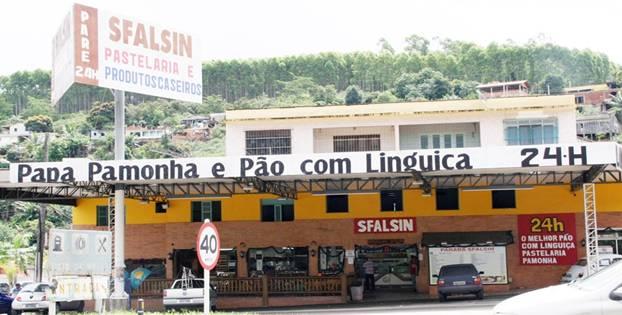 Imagem: Parada Sfalsin conquista recorde brasileiro por permanecer aberta ininterruptamente ha mais de 47 anos. Foto da assessoria