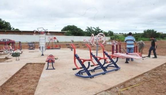 Itiquira   Academias populares são instaladas em Ouro Branco do Sul