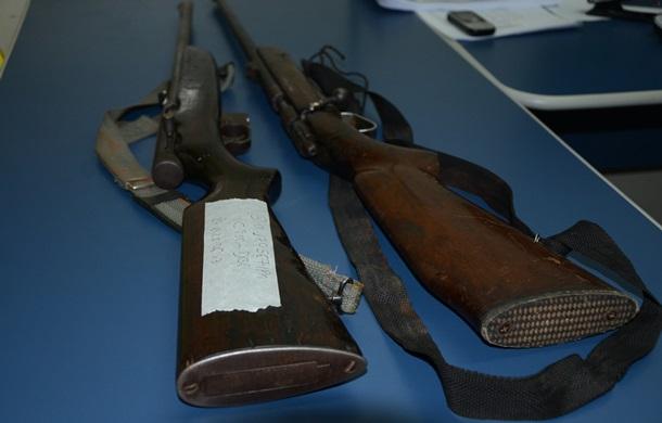 Armas recuperadas - Foto: Varlei Cordova / AGORA MT