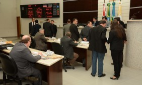 O projeto causou discussão entre os vereadores - Foto: Varlei Cordova / AGORA MT