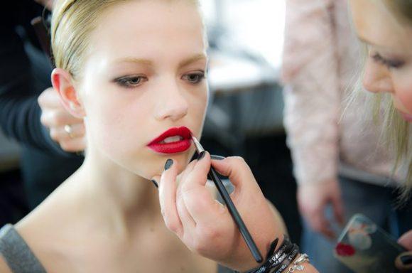 Dica de beleza: Veja dicas de como usar batom vermelho