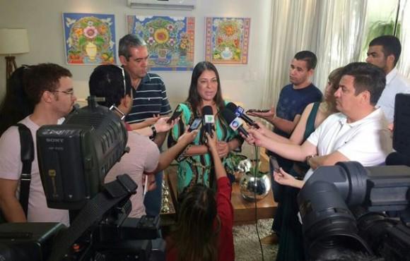 Janete Riva e Rui Prado aguardam informações sobre paradeiro de pilotos para retomar campanha