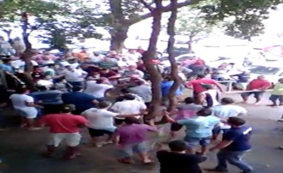 Discussão por preço da estadia vira 'pancadaria' em Rondonópolis. Veja vídeo
