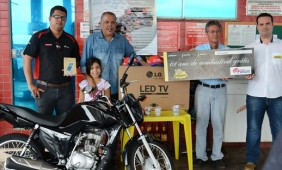 sorteio de vários prêmios para os clientes foto: Ronaldo Teixeira/AGORAMT