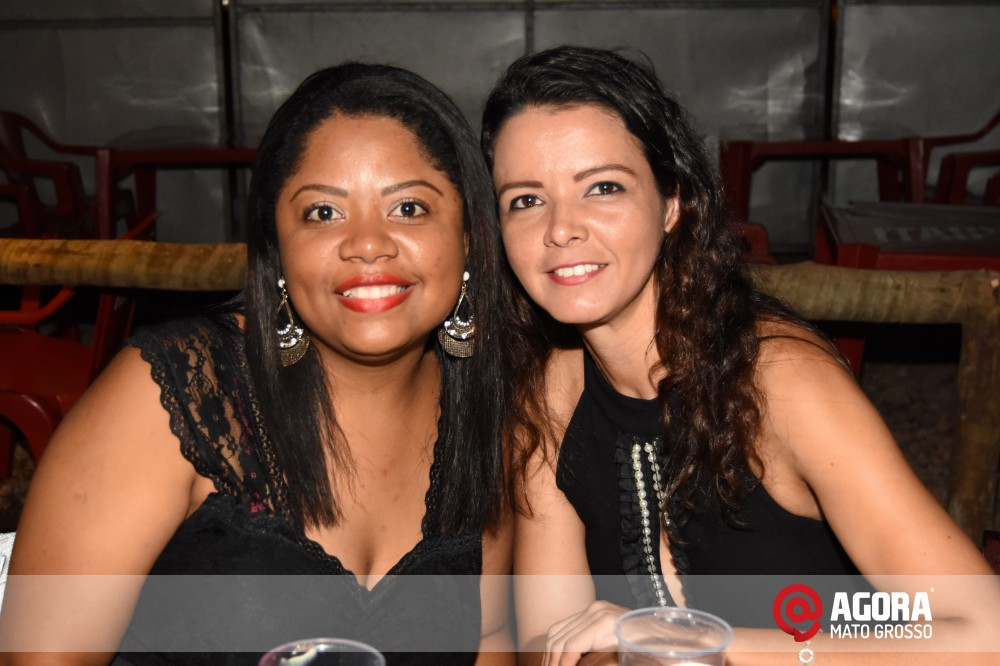 Imagem: Inauguração do 50tão Show Bar com Felipe & Ferrari   1 (16)