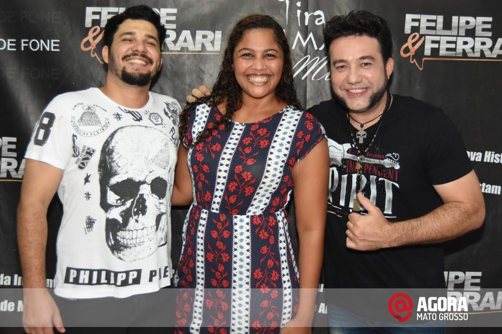 Imagem: Inauguração do 50tão Show Bar com Felipe & Ferrari   1 (35)