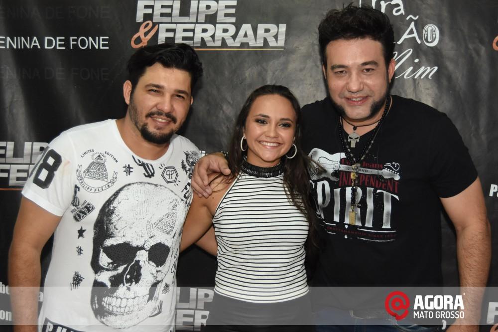 Imagem: Inauguração do 50tão Show Bar com Felipe & Ferrari   1 (42)