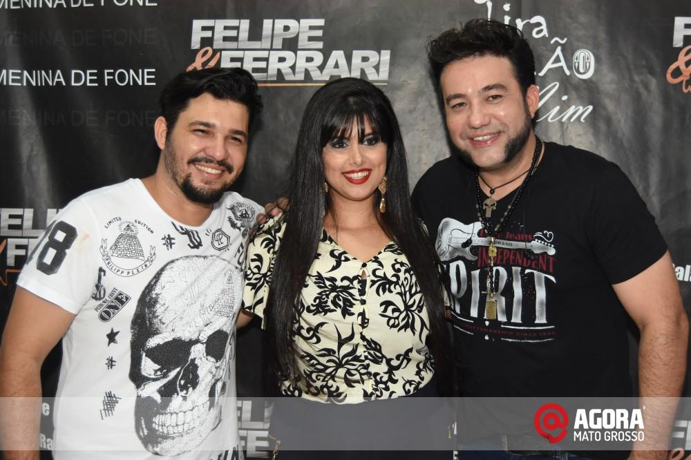 Imagem: Inauguração do 50tão Show Bar com Felipe & Ferrari   1 (47)