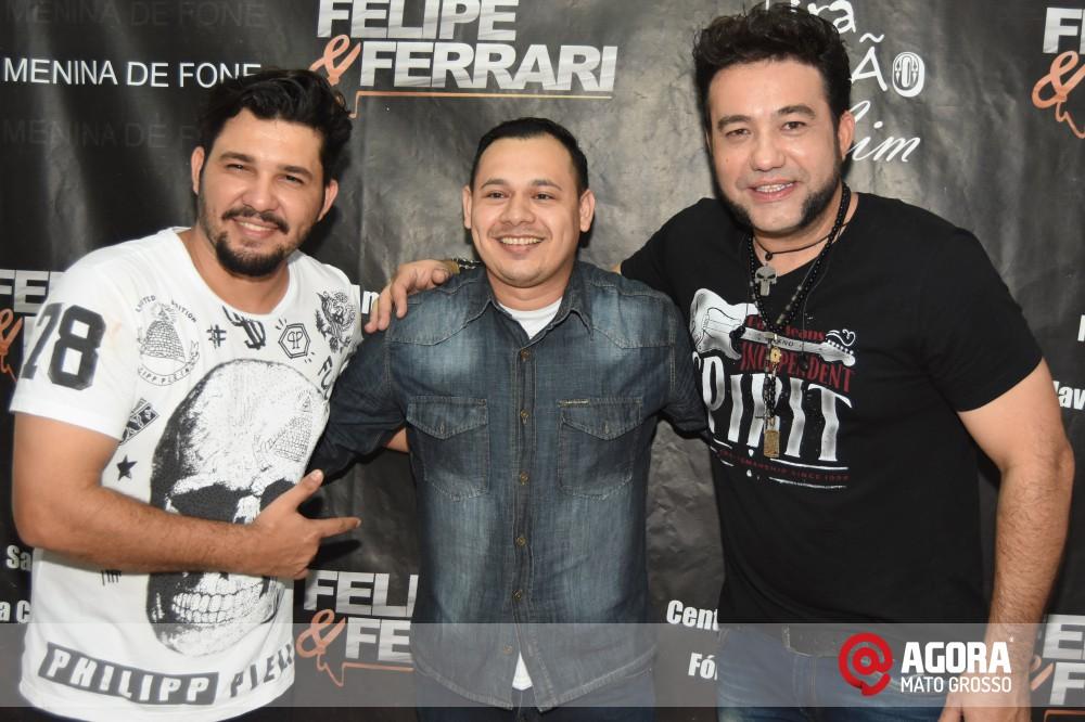 Imagem: Inauguração do 50tão Show Bar com Felipe & Ferrari   1 (48)