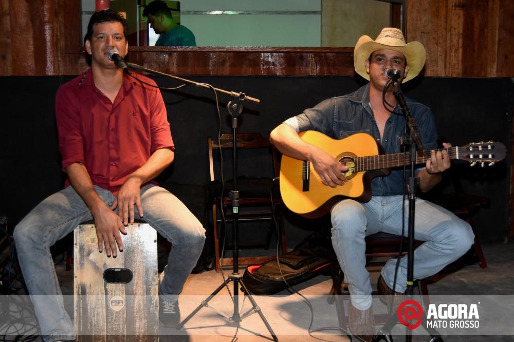 Imagem: Inauguração do 50tão Show Bar com Felipe & Ferrari   1 (5)