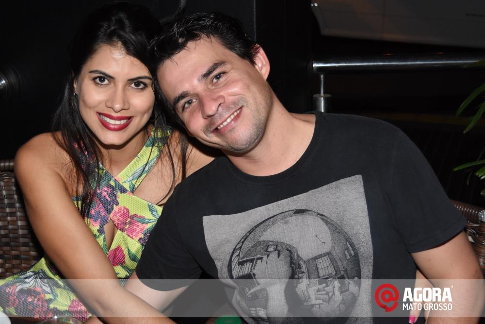 Imagem: Luciana Oliveira animou à noite de terça feira em Rondonópolis    1 (14)