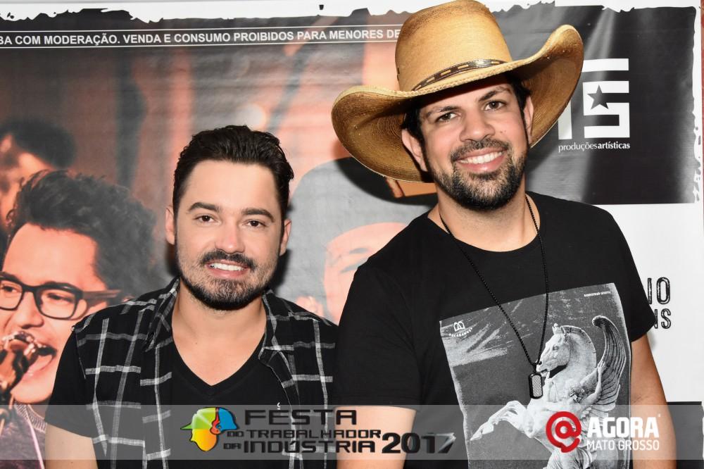 Imagem: Show de Fernando e Sorocaba na 10ª Festa do Trabalhador da Indústria em Rondonópolis   1 (1)