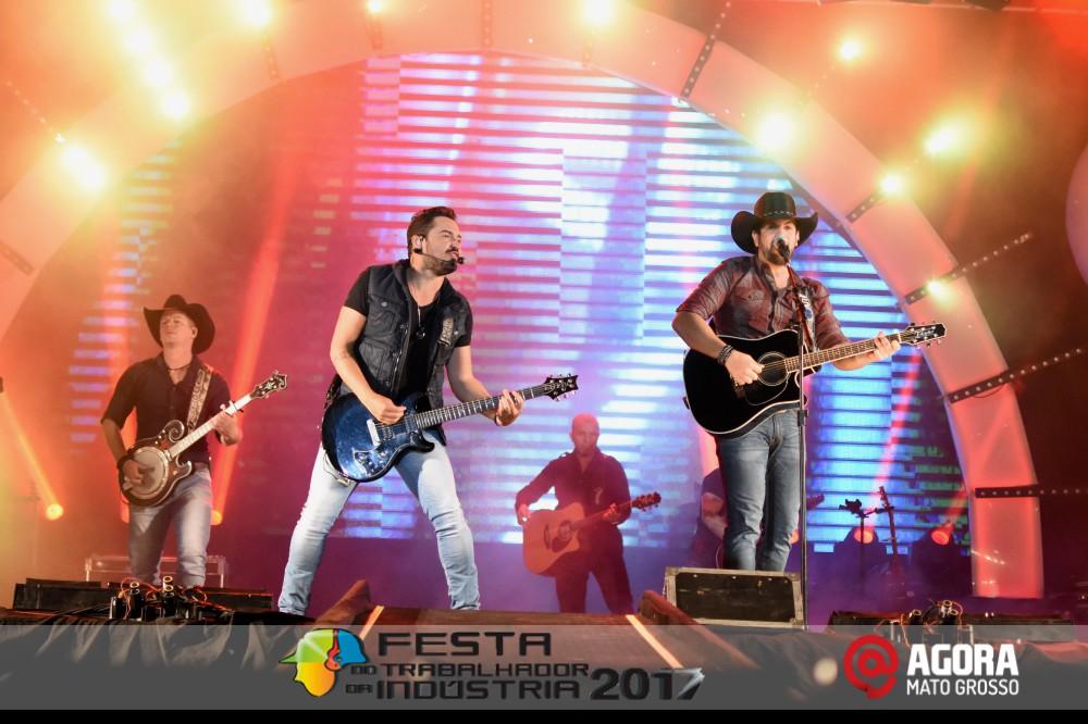 Imagem: Show de Fernando e Sorocaba na 10ª Festa do Trabalhador da Indústria em Rondonópolis   1 (119)