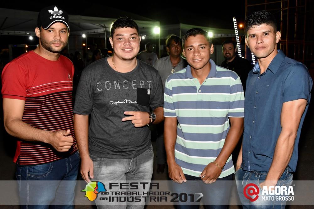 Imagem: Show de Fernando e Sorocaba na 10ª Festa do Trabalhador da Indústria em Rondonópolis   1 (39)