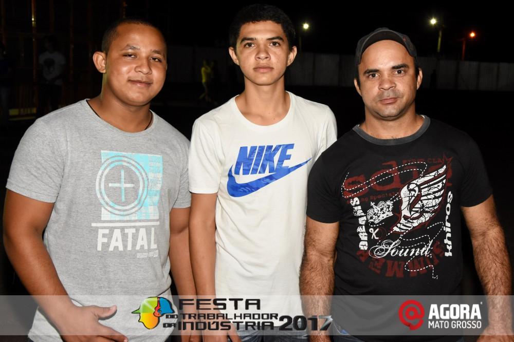 Imagem: Show de Fernando e Sorocaba na 10ª Festa do Trabalhador da Indústria em Rondonópolis   1 (48)