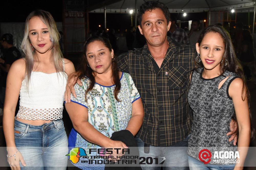 Imagem: Show de Fernando e Sorocaba na 10ª Festa do Trabalhador da Indústria em Rondonópolis   1 (67)