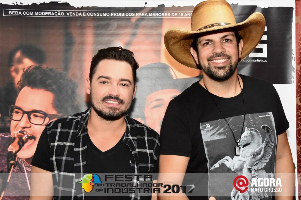 Imagem: Show de Fernando e Sorocaba na 10ª Festa do Trabalhador da Indústria em Rondonópolis   1 (7)