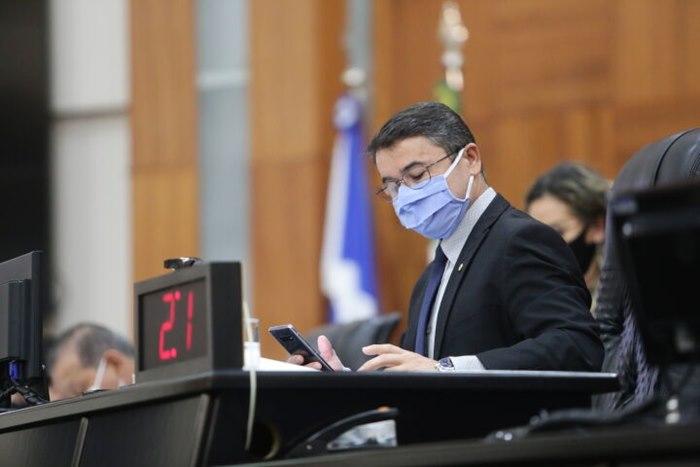 """Imagem: Deputado Joao Batista 1 """"Não podemos dar instrumentos para que um chefe seja perseguidor"""""""