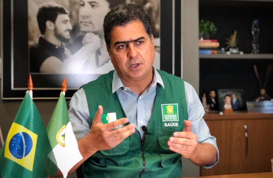 Imagem: Emanuel Pinheiro Emanuel fixa multa de R$ 3 mil a R$ 60 mil a quem desrespeitar medidas