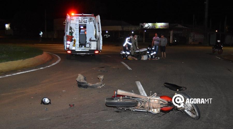 Imagem: Acidente na Avenida dos Estudantes Motociclista bate em carro que passava pela rotatória e acaba ferido