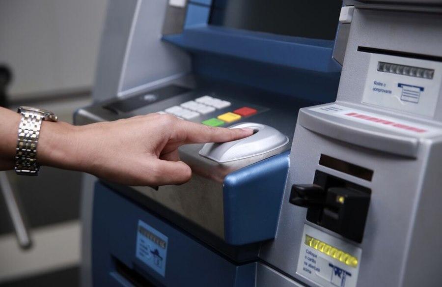 Imagem: Caixa eletronico Projeto de lei obriga bancos a reforçarem segurança dos caixas eletrônicos