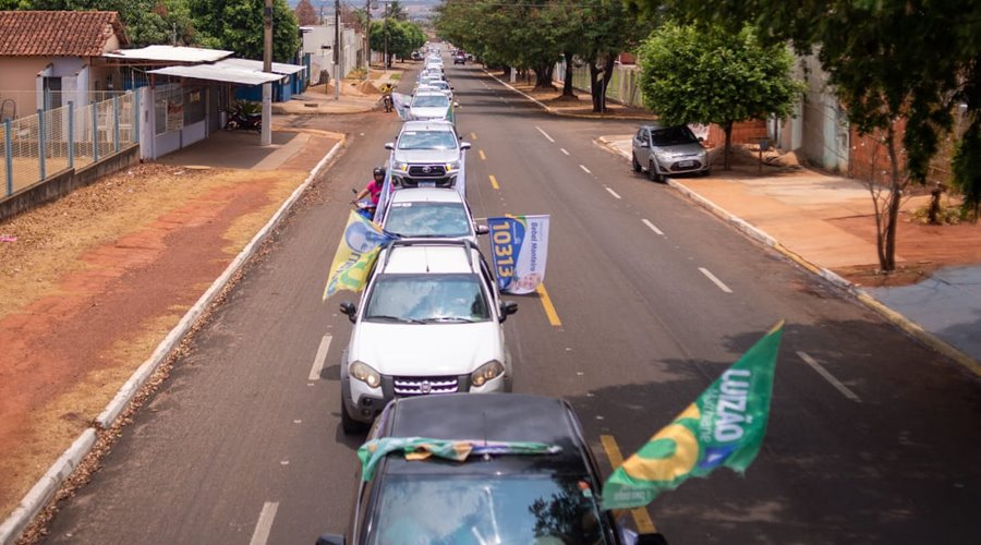 Imagem: Carreata do candidato a prefeito Luizao Carreata de Luizão10 toma as ruas de Rondonópolis