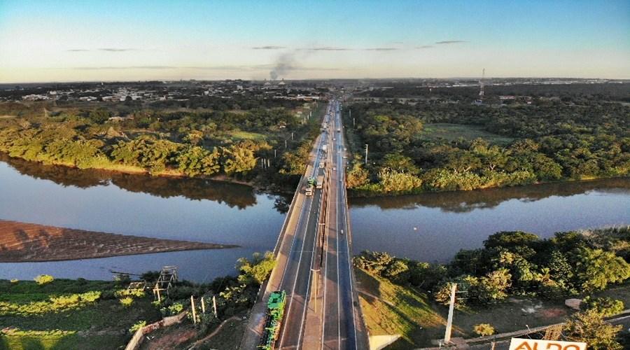Imagem: Ponte sobre o Rio Vermelho Tráfego na ponte sobre o Rio Vermelho funcionará em mão dupla a partir de sábado