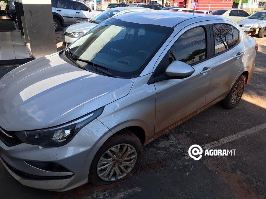 Imagem: Veiculo roubado e utilizado em diversos crimes PM recupera veículo roubado que estava sendo usado em diversos crimes em MT