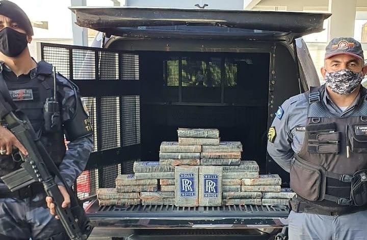 Imagem: Droga apreendida em Araguanhinha 1 PM prende motorista com droga e tira de circulação 38 Kg de cocaína