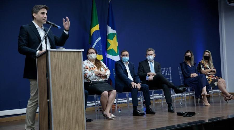 Imagem: POSSE SECRETARIO Alan Porto assume Secretaria Estadual de Educação
