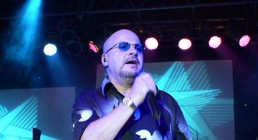Imagem: Psulinho vocalista do Roupa Nova Após vencer câncer e passar por transplante de medula, líder do Roupa Nova é internado com Covid