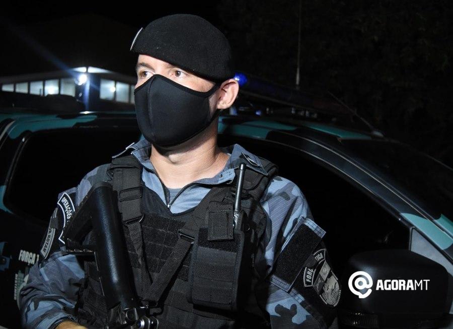 Imagem: Sargento Claudeir da Forca Tatica Força Tática prende suspeito com droga, dinheiro e balança de precisão