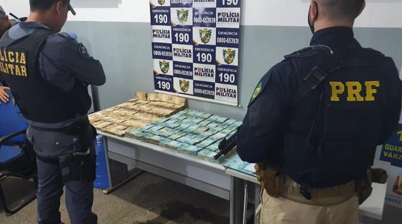 Imagem: apreensao PRF e PM prendem dupla e recuperam R$ 1 milhão em espécie