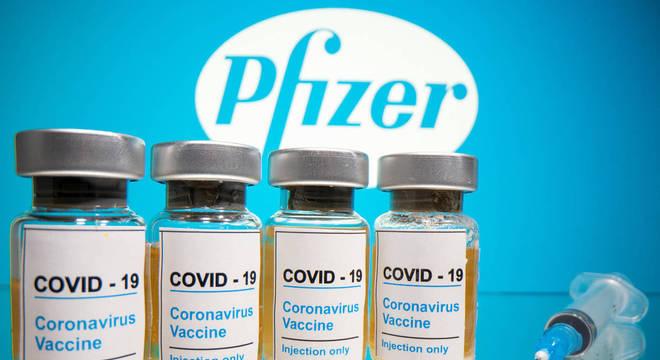 Imagem: covid Nas duas próximas semanas, Brasil deve receber cerca de 13 milhões doses da vacina Pfizer