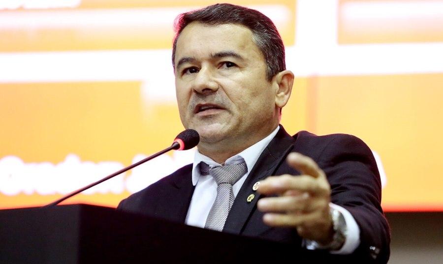 Imagem: Deputado Joao Batista Projeto de lei propõe criação do Serviço de Acolhimento Emergencial em Saúde Mental