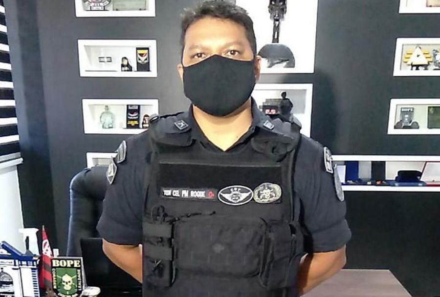 """Imagem: Ten Cel Roque Silva """"Jovem se recusou a ser internado, por isso ameaçou a mãe"""", explicou comandante"""