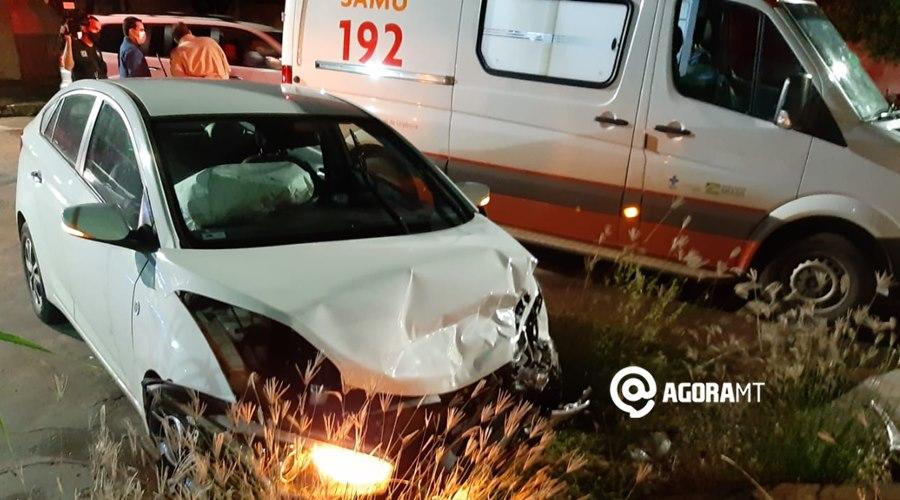 Imagem: Um dos veiculos envolvido no acidente Acidente entre dois veículos deixa uma pessoa ferida