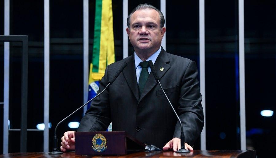 Imagem: Wellington Fagundes Bolsonaro sanciona projeto de Wellington e garante R$ 65,6 bilhões a Estados e municípios