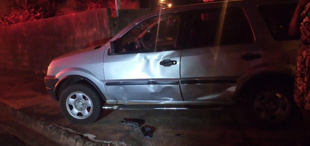 Imagem: carro tga Acidente na Rua Paraná deixa motociclista gravemente ferido