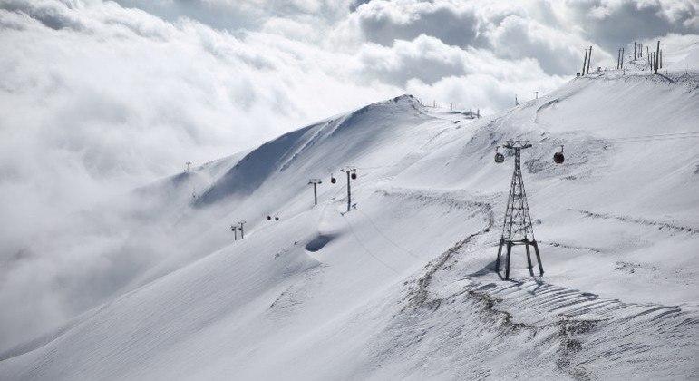 Imagem: nevasca Forte nevasca no Irã mata pelo menos 8 alpinistas