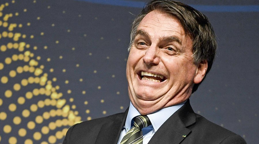 Imagem: Jair Bolsonaro Bolsonaro ironiza, 'vi uma carreata monstro de uns 10 carros'