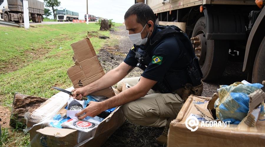 Imagem: Materiais de pesca PRF apreende caminhão com cigarro e outras mercadorias contrabandeadas
