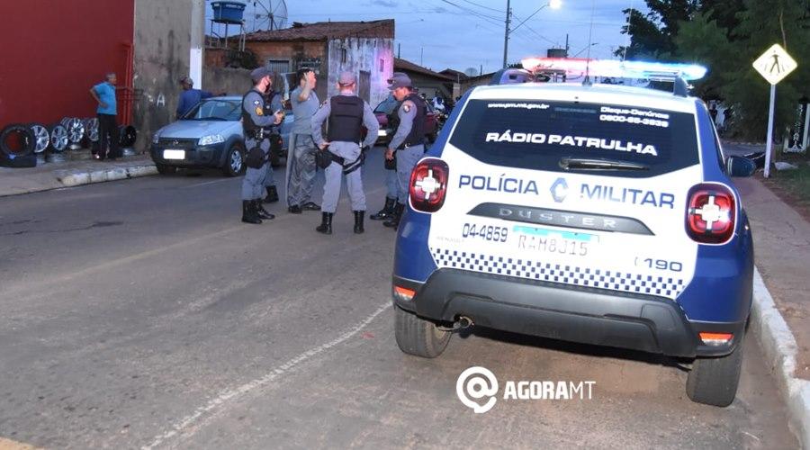 Imagem: PMs na tentativa de homicidio no Conjunto Sao Jose PM de folga presencia tentativa de roubo, reage e atira em um dos bandidos