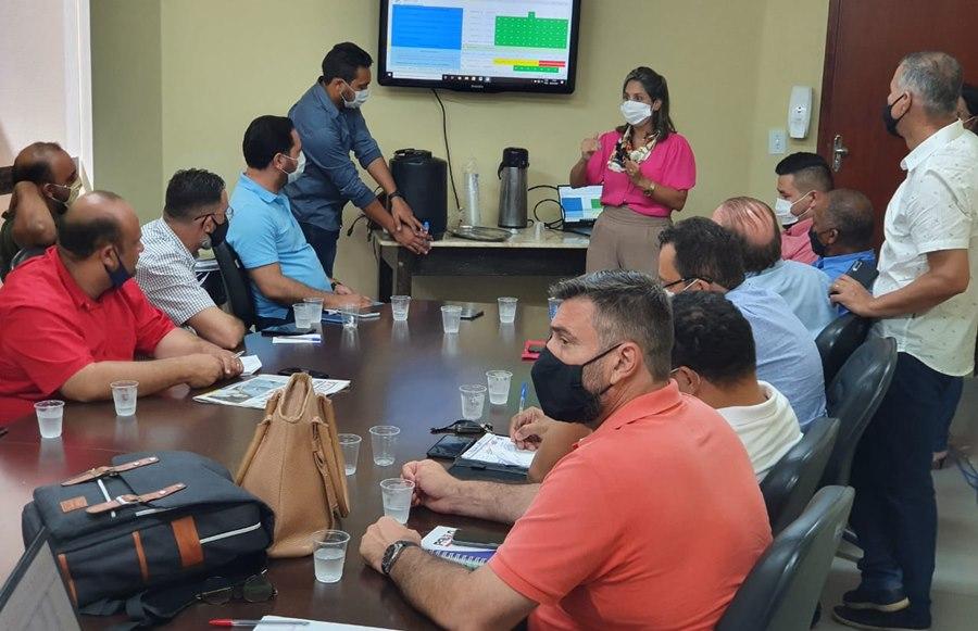 Imagem: Reuniao com vereadores na Santa Casa Diretoria da Santa Casa participa de reunião com vereadores