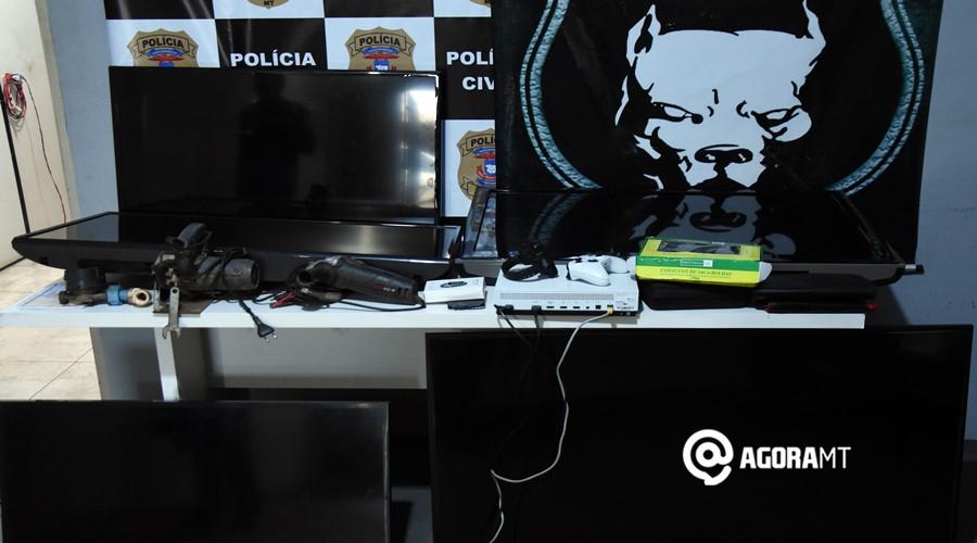 Imagem: Tvs serra circular e outros objetos apreendidos pela equipe da DERF DERF prende receptador e soluciona caso de roubo no Jardim Adriana