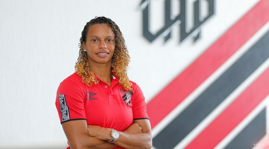 Imagem: 008 Ex-lateral da seleção, Rosana assume time feminino do Athletico-PR