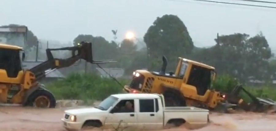 Imagem: Chuva em Aripuana Ruas e casas ficam alagadas em município de MT após forte chuva