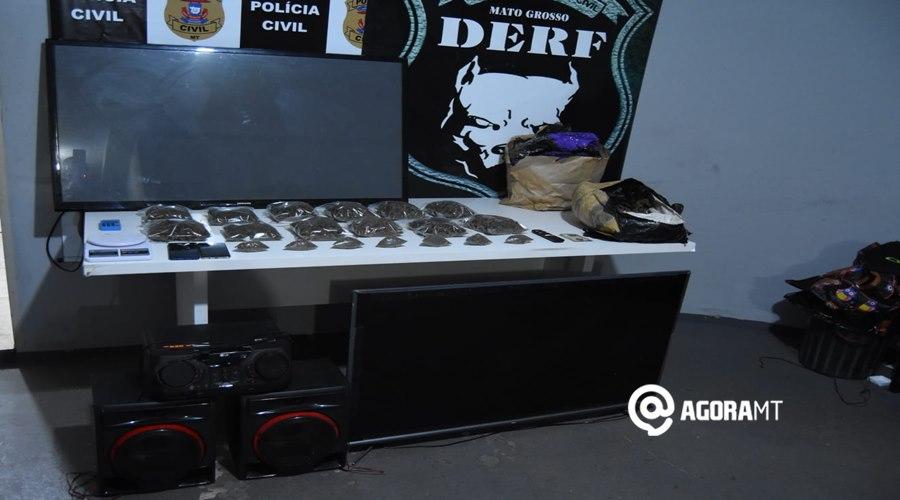 Imagem: Grande quantidade de droga apreendida Derf prende suspeita de associação ao tráfico e tira de circulação grande quantidade de droga