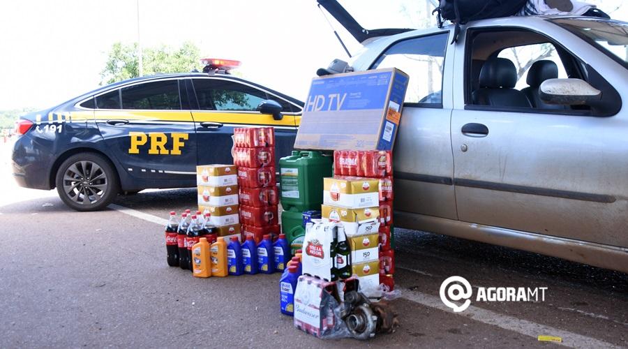 Imagem: Produtos recuperados com estelionatarios PRF prende dois homens com vários produtos adquiridos de forma fraudulenta