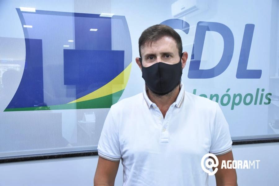 Imagem: Tiago Speranca CDL de Rondonópolis orienta comerciantes que retomaram atividades limitadas por decreto